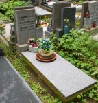 Prodam urnovy hrob na Olsanskych hrbitovech